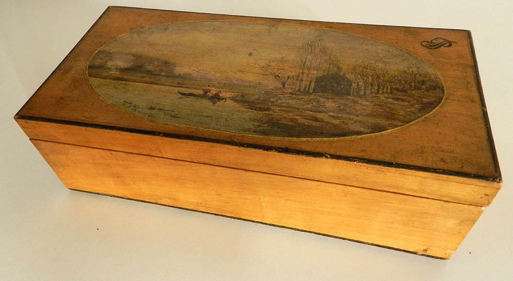 Magnifique Tres Ancien Coffret A Bijoux En Bois Peint