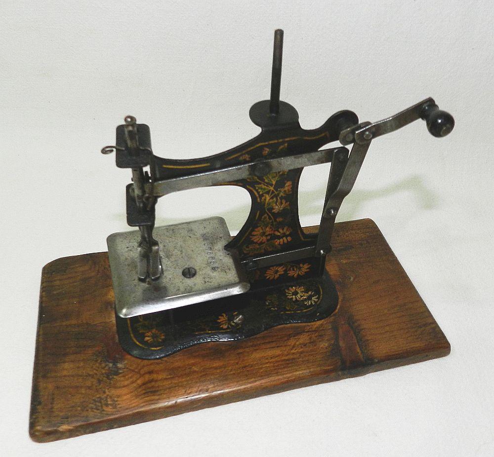 Machine A Coudre Ancienne détails sur ** rare ancienne machine a coudre de poupee - jouet en tole -  sewing machine toy