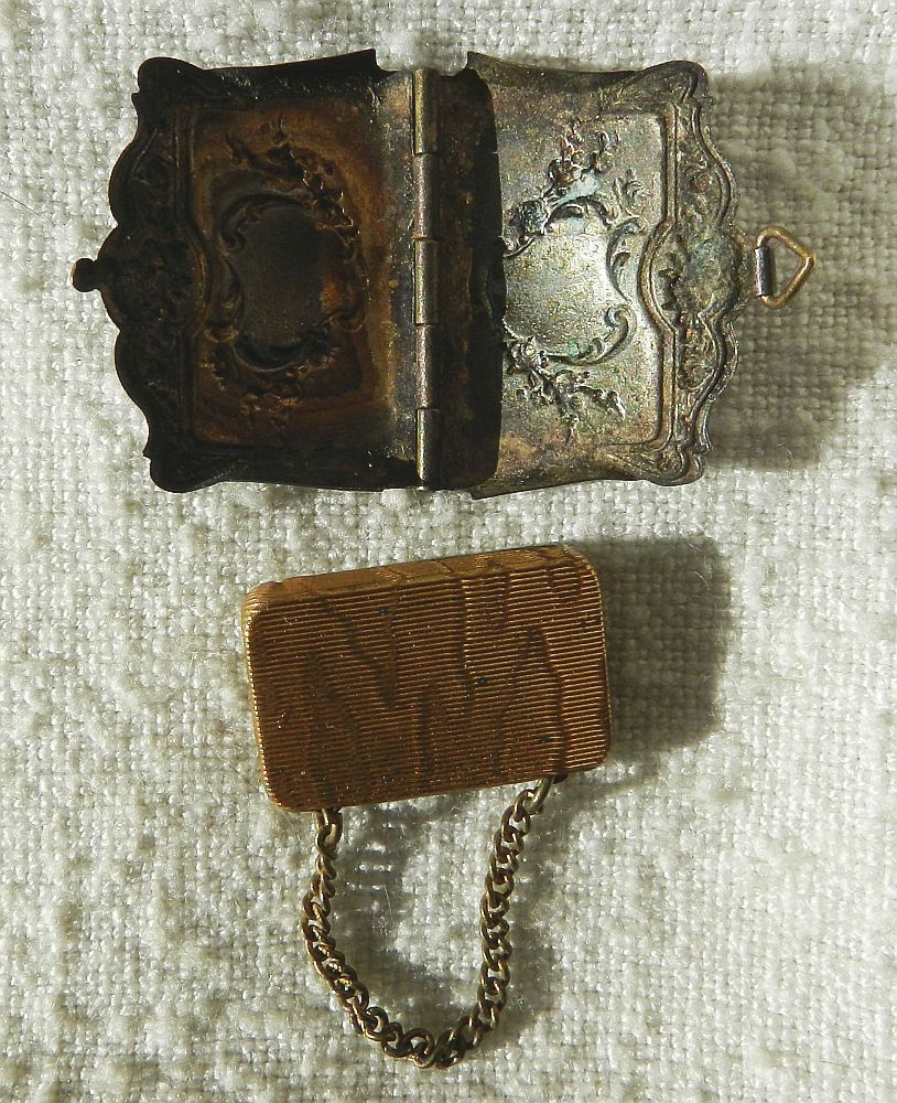 rare carnet photos miniatures dans sac a main en metal argente bais mayenne ebay. Black Bedroom Furniture Sets. Home Design Ideas